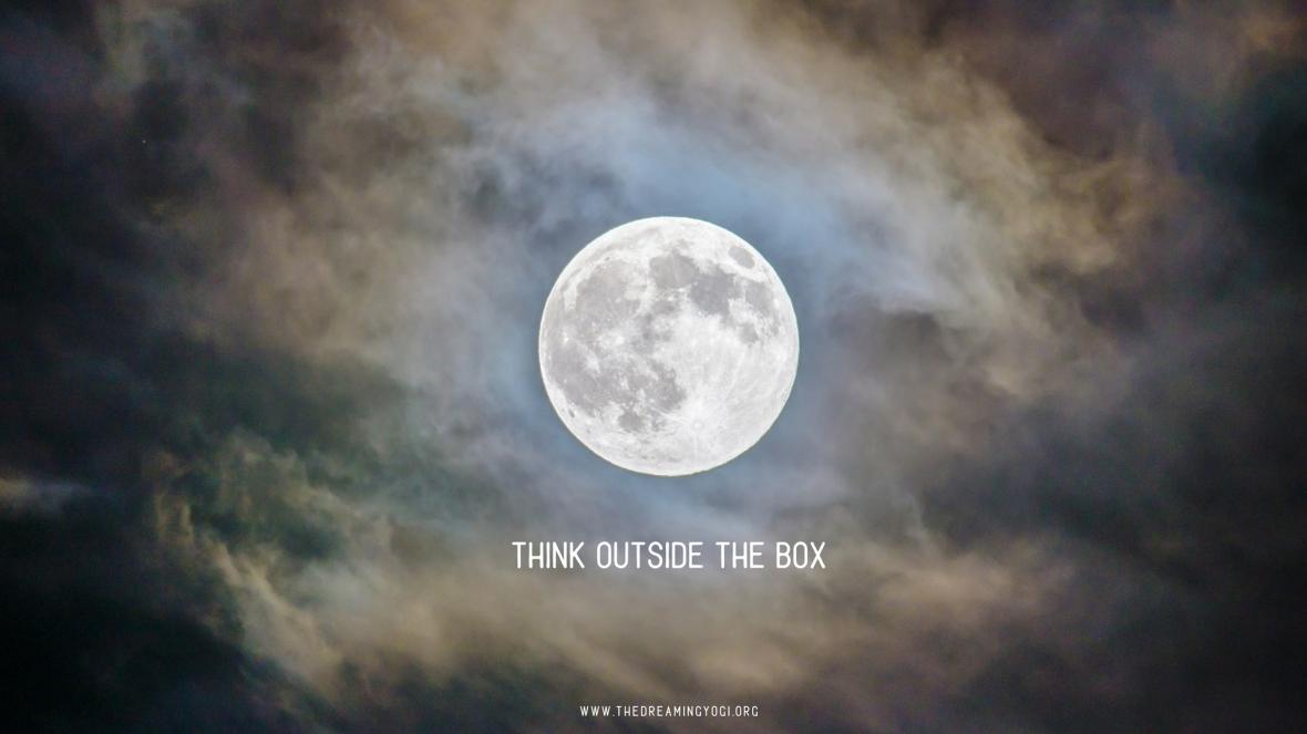 Aquarius Full moon - think outside the box
